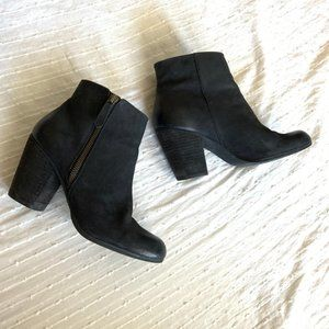 BP distressed leather block heel ankle boots sz 8